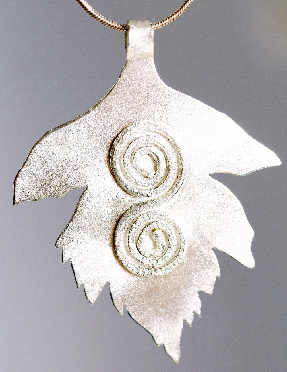 hawthorn_leaf_spiral-2.jpg