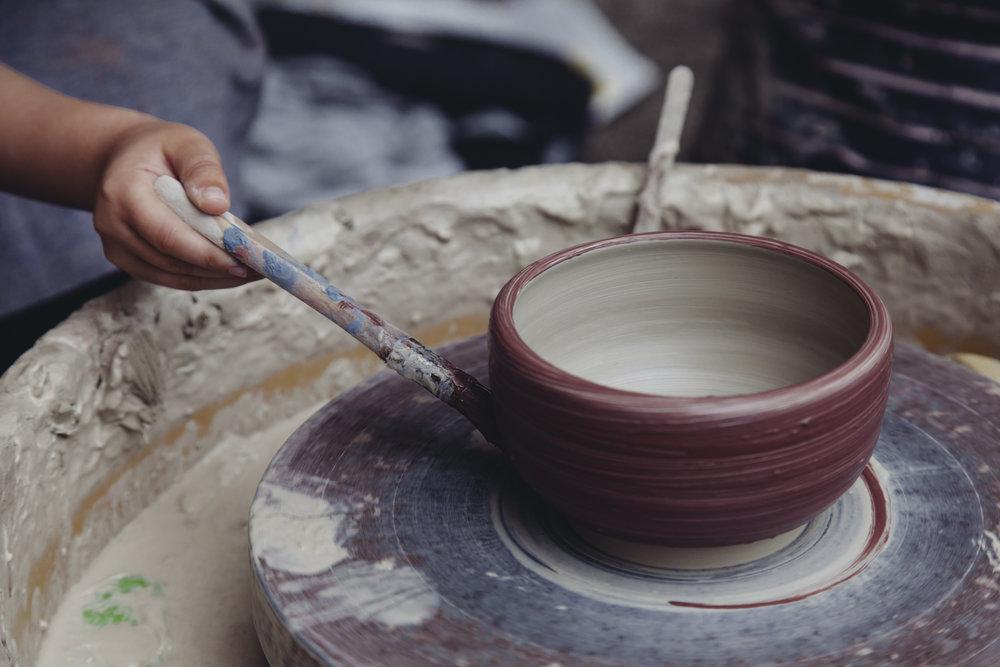Pottery_Girl_1.jpg