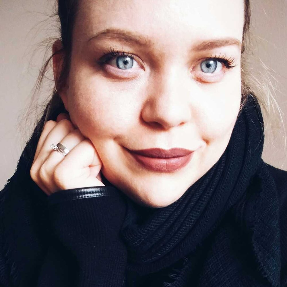 Portrait_MonaSchoenleben.jpg