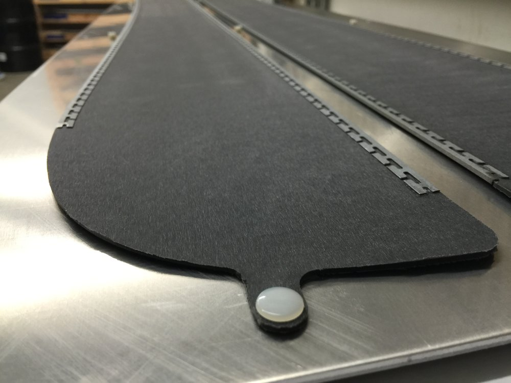 RACEbase - Black graphite infused sintered base for maximized glide and easy repair.