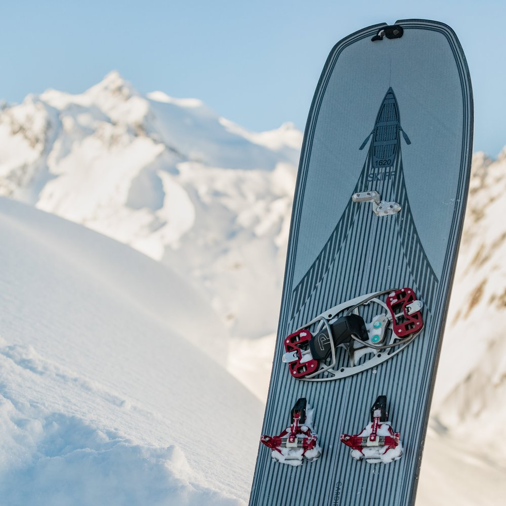 SPLITtech OPTIMIZED - All CARDIFF splitboards are optimized for both soft-boot and hard-boot touring setups. Hard-boots typically have longer sole lengths than soft-boots and hard-boot bindings such as Phantom Alphas sit lower to the surface of the splitboard. This requires a slightly wider deck underfoot, which all of our splitboards feature. Our splitboard cores are reinforced in the connection areas and bindings to handle additional forces from the metal and other hard bindings.