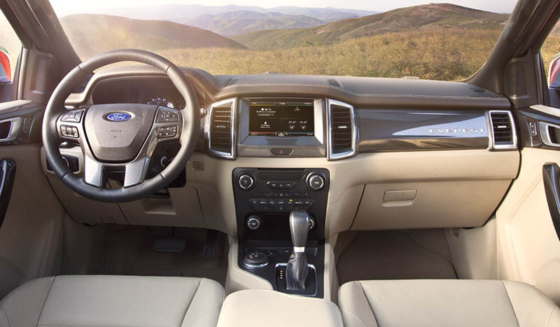 New-Ford-Everest-Interior-2-Flaxen-LHD.jpg