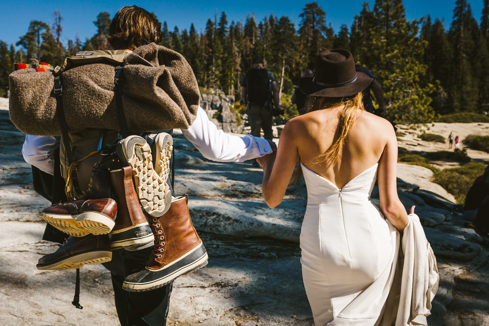 Two15-15-adventure-yosemite-wedding.jpg