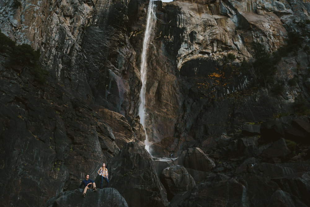 Two15-22-adventure-yosemite-engagement-session.jpg