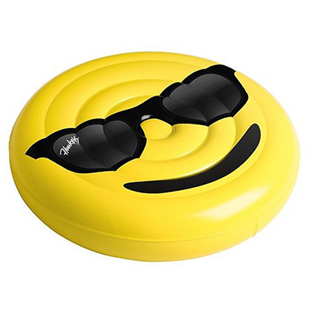 Emoji pool float - Cool Emoji Pool Party Ideas for Kids and Adults