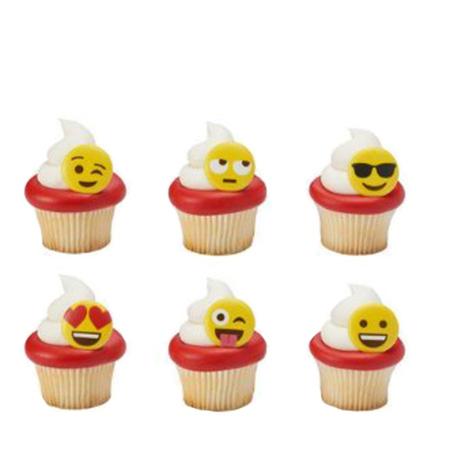 Emoji cupcakes - Emoji pool party ideas
