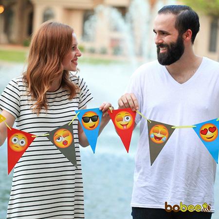 Emoji party banner - Cool emoji pool party ideas