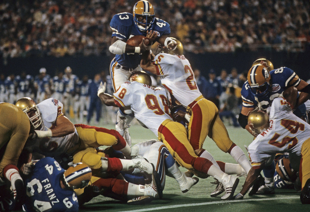 THE TEAM THAT TIME FORGOT tells the story of one of pro football's most victorious teams, whose three-year run through the USFL set a standard of excellence seldom seen before or since. They were the ultimate underdog team. A band of rookies, aging veterans and guys looking for a second chance, thrown together in a start-up league, on a team facing countless obstacles, yet they won, and won, and won. What made the Stars special was not just the wins and the championships, but the relationships and connections the team made with a city. That a disparate group of men could come together for the sheer love of the game and produce a magical three-year run was inspiring