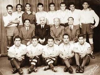 Directivos de San José comparten imagen con el primer equipo en los 50´