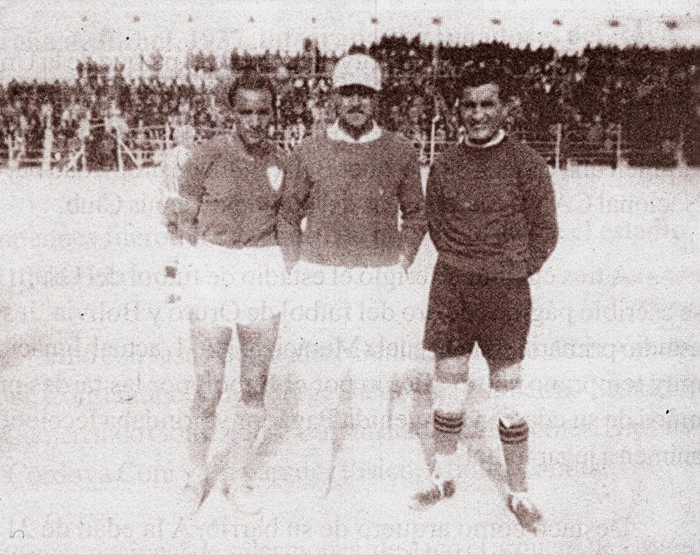 Jesús Bermúdez (derecha) una de las mayores glorias del fútbol orureño y boliviano, en los 30´