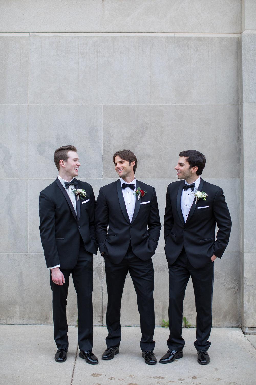 Midwest wedding photographer - groomsmen