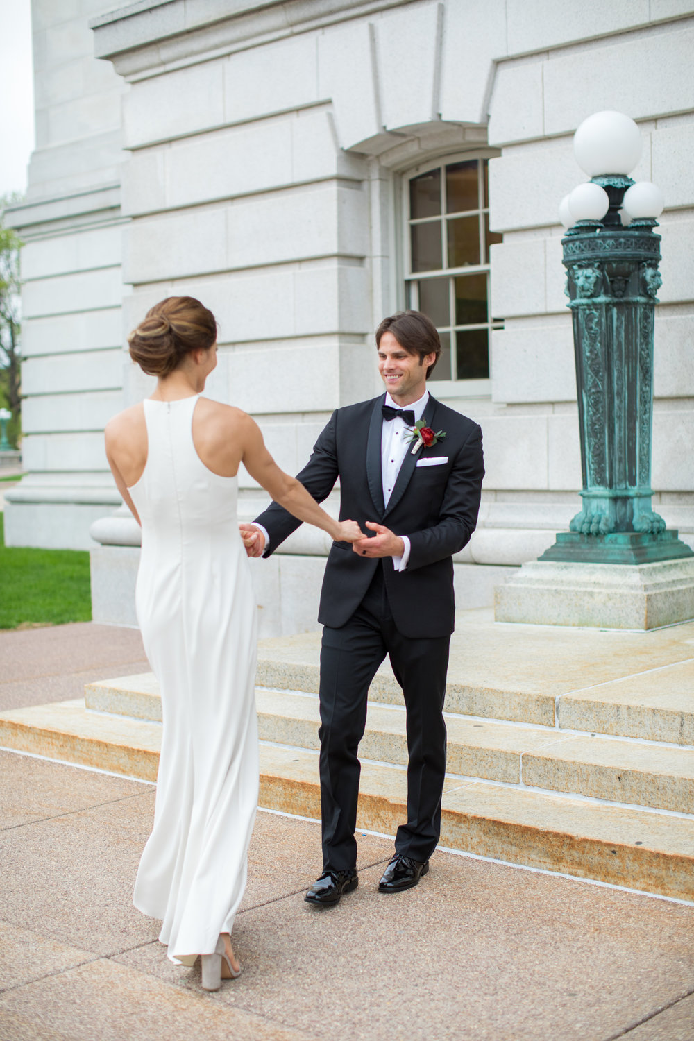 Midwest wedding photographer - first look 7