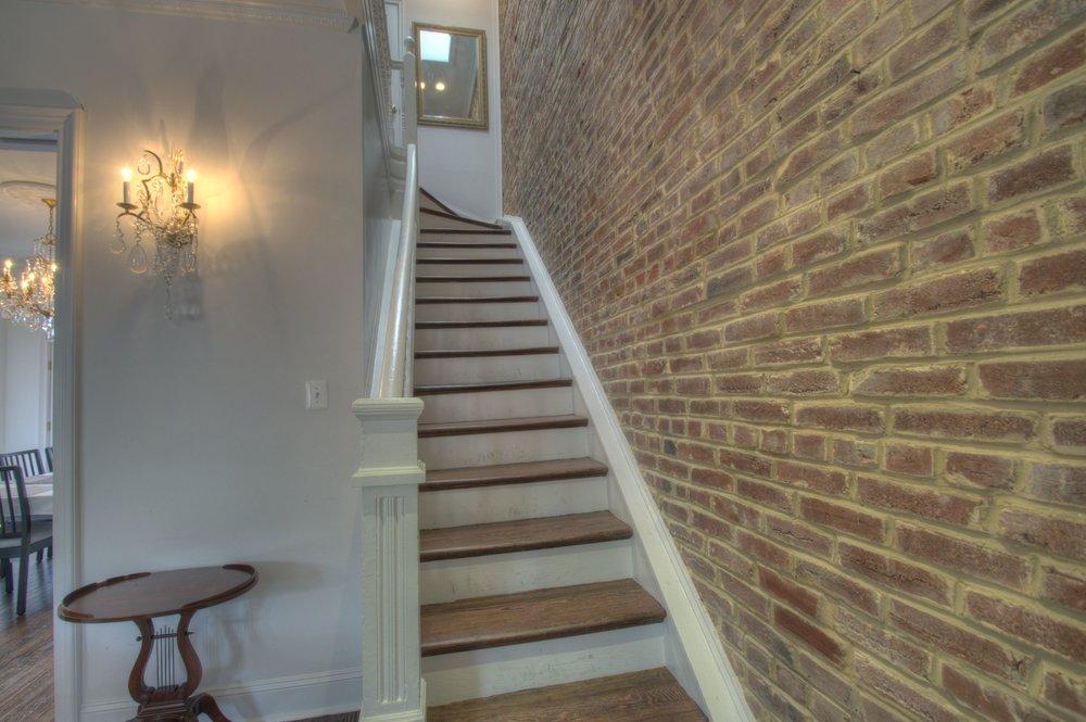 Stairs b.jpg