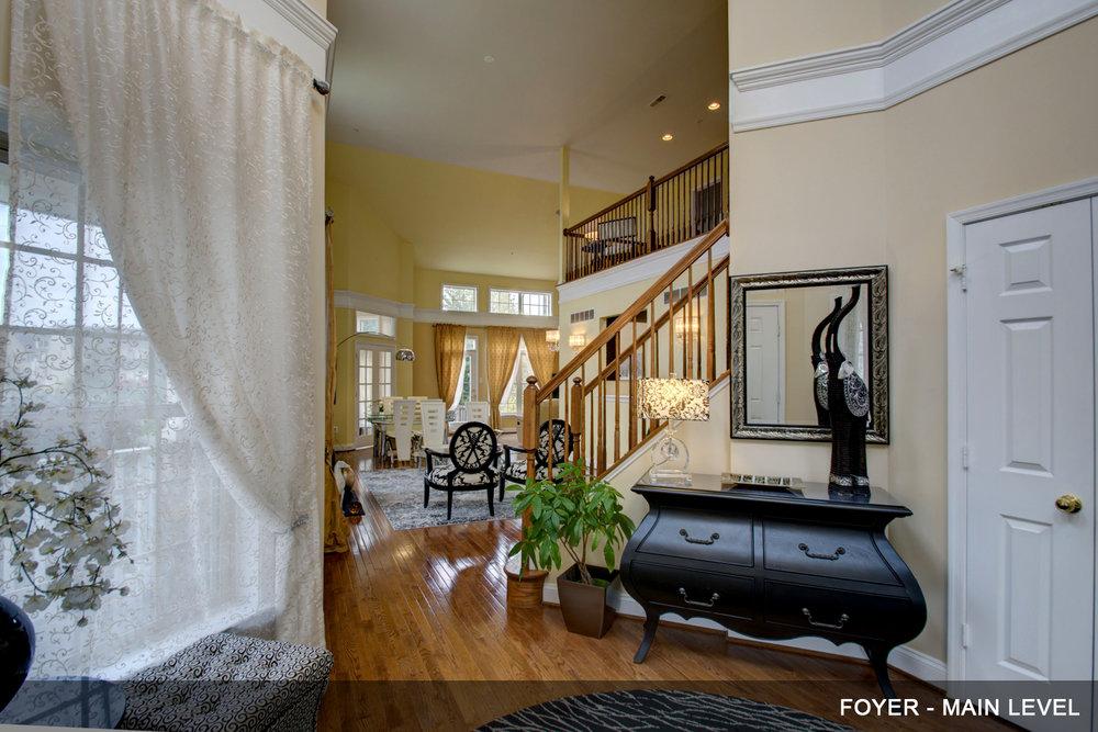 2-Foyer.jpg