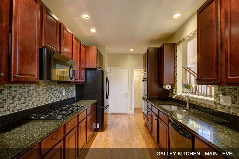 7-Kitchen.jpg