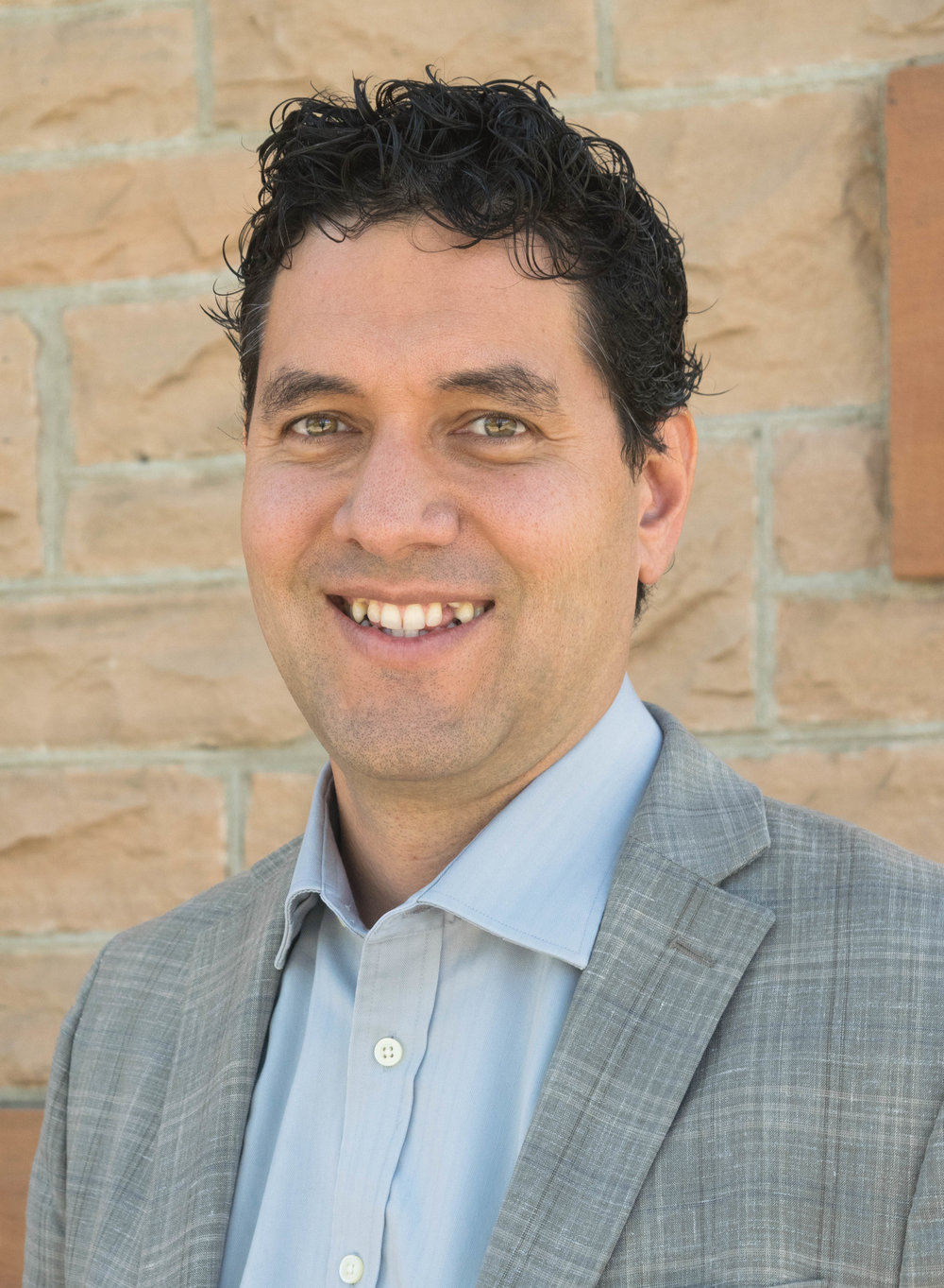 JUAN PENA  CHIEF PROGRAM OFFICER Juan received his mechanical engineering degree from the University of Massachusetts and his Master of Divinity from Baptist Bible Seminary in Clarks Summit, P.A. While attending seminary, Juan worked as an engineer and planted a multiethnic, socioeconomically diverse church in the Poconos. In 2008, he moved to Denver to be a part of the elder team at Providence Bible Church. He is now the Chief Program Officer of CrossPurpose, and is passionate about helping Denver families escape poverty and pursue their dreams through our year-long career and community development program. When he's not working, Juan enjoys spending time with his wife and four boys, cheering for the Patriots, and loving his Clayton neighbors.