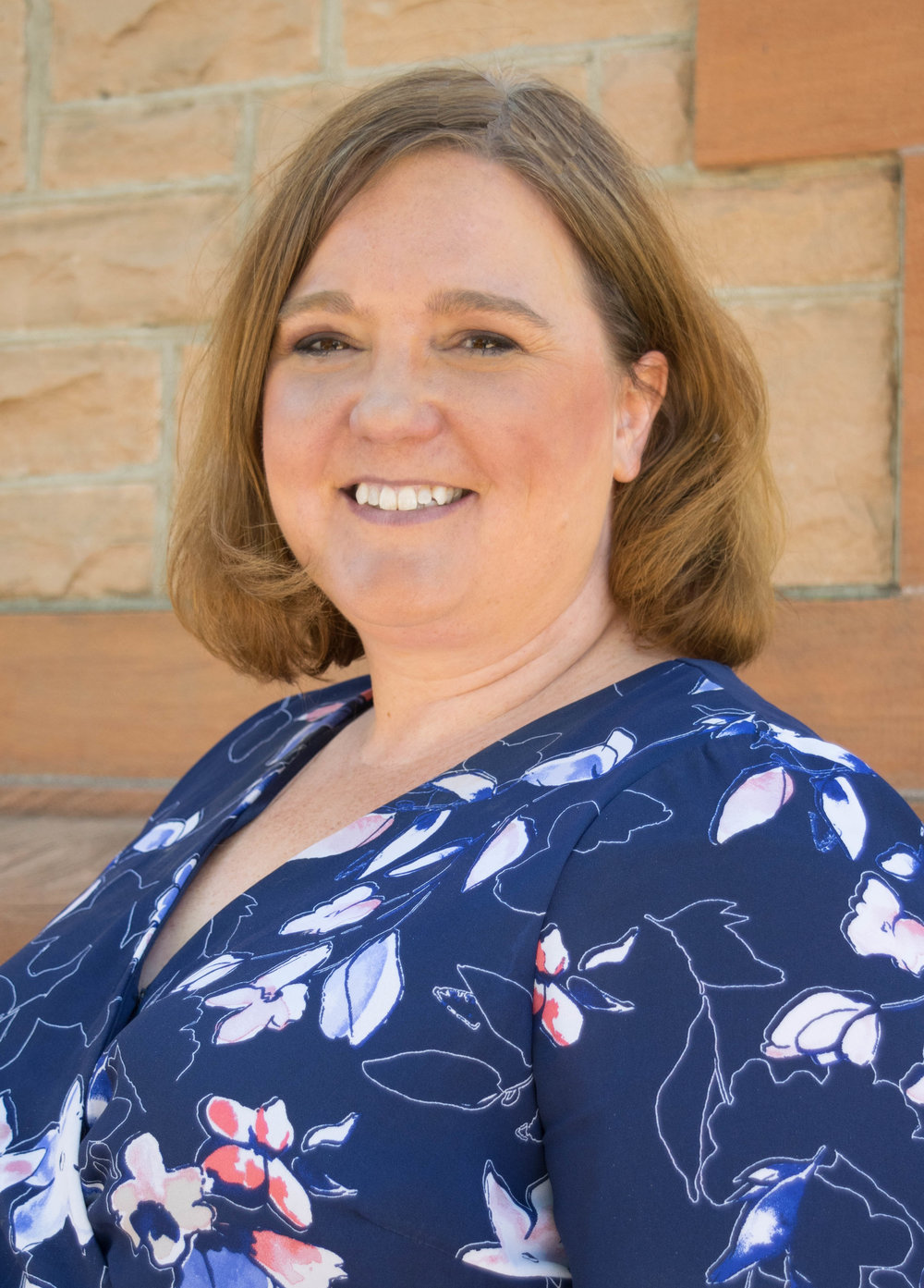 HOLLY HALL  EMPLOYMENT SPECIALIST & JOB DEVELOPER (CONTRACTOR) Holly joined CrossPurpose in May of 2018 after more than a decade of experience as a career coach and career services professional. As the Employment Specialist and Job Developer, Holly builds relationships with employers across the Denver metro area in an effort to connect our Leaders with available job opportunities. Holly also assists Leaders with resume writing and interviewing strategies. Outside of work, Holly's two teenage children are the center of her life, and she enjoys supporting them in all of their athletic and academic pursuits. An avid reader, Holly's favorite free-time spots are bookstores and the local library.