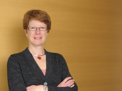 Dr. Holly Johnson