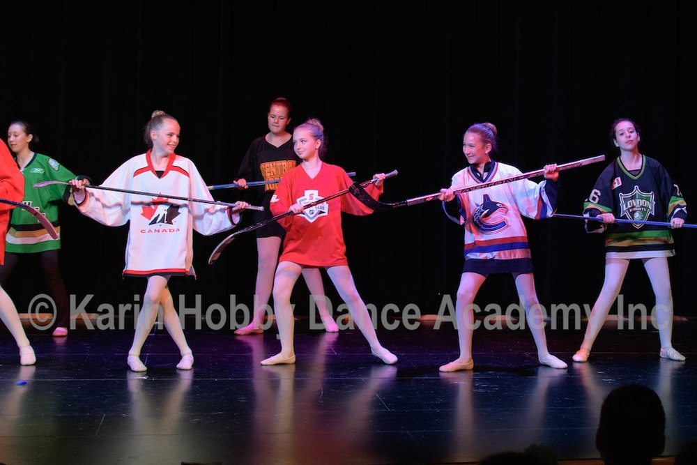 KHDANCE_All_Aboard_On_Stage_2017_090.jpg