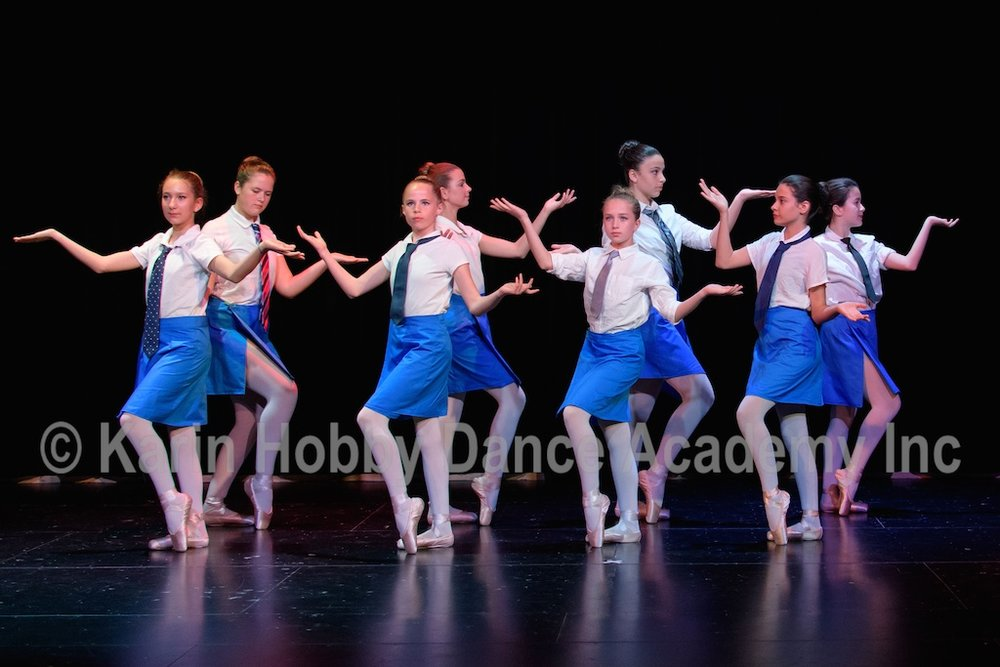 KHDANCE_All_Aboard_On_Stage_2017_056.jpg