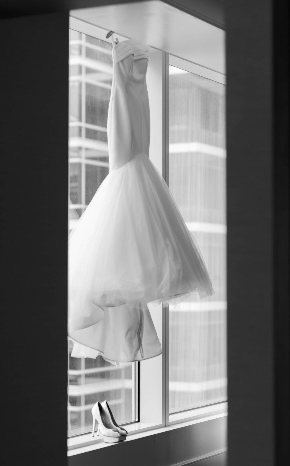 kleinfeld wedding dress
