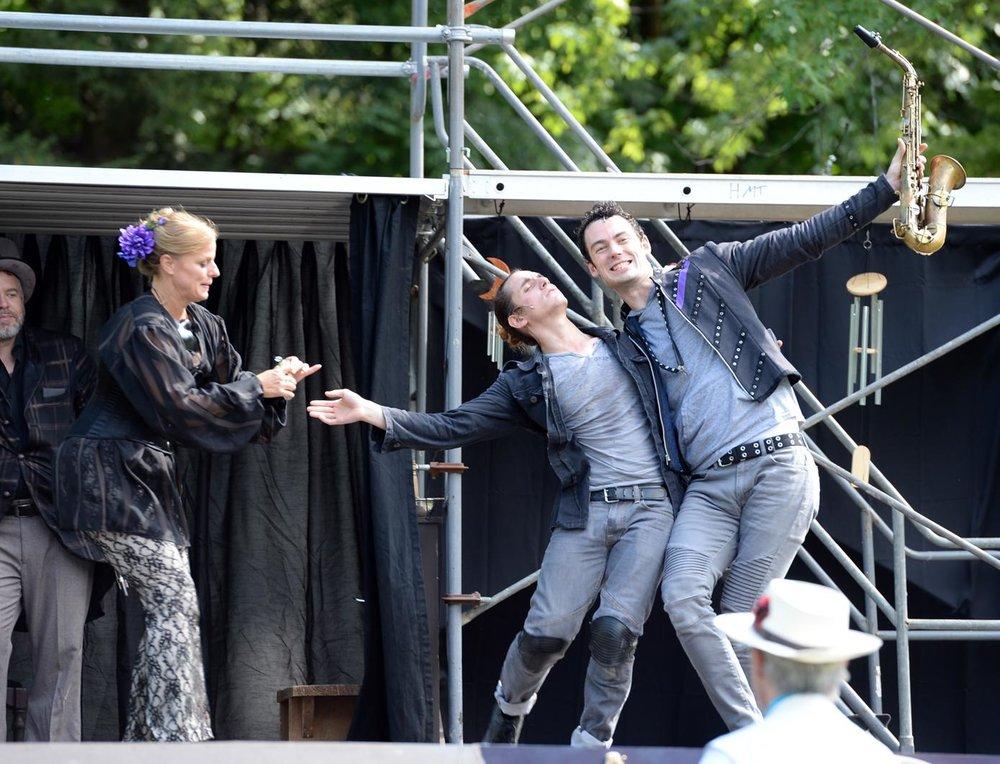 Romeo & Juliet 6.jpg