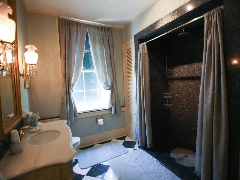 Rooms-2.jpg