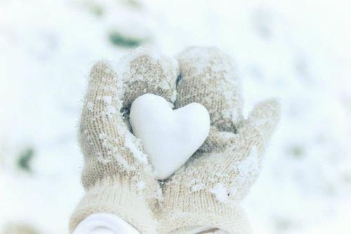 46114-snow-heart