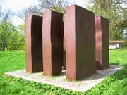 Skulptur i 6 dele. Jern. Hestkøbgård, Birkerød. 1978.