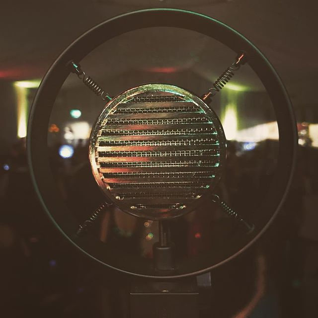 A shot of our centrepiece halo mic for Megan's 21st in Liverpool! #monochromatix