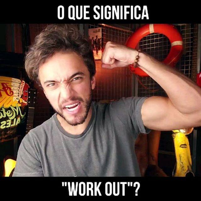 """Você já ouviu a expressão """"To Work Out""""?💪 Essa expressão é muito utilizada por nativos e hoje vimos os 2 principais significados dela. O primeiro deles é no sentido de """"Malhar/Se exercitar"""". Já o segundo é no sentido de """"Resolver algo, encontrar uma solução"""". Vamos ver alguns exemplos pra ficar mais claro, check it out! ⠀ 🔸Expressão: """"TO WORK OUT"""" 🔸Tradução: """"Malhar/Se exercitar"""" ⠀ 📄Examples: ⠀ 🇺🇲""""I haven't been working out lately. That's why I'm out of shape."""" 🇧🇷""""Eu não tenho me exercitado ultimamente. É por isso que estou fora de forma."""" ⠀ 🇺🇲""""She said she would come by after working out."""" 🇧🇷""""Ela disse que passaria aqui depois de malhar."""" ⠀ 🔸Expressão: """"TO WORK SOMETHING OUT"""" 🔸Tradução: """"Resolver algo"""" ⠀ 📄Examples: ⠀ 🇺🇲""""He seems pretty confident that he'll work this problem out."""" 🇧🇷""""Ele parece bem confiante de que vai resolver esse problema. """" ⠀ 🇺🇲""""Baby, this is a difficult situation. We need to work this out together, okay?"""" 🇧🇷""""Amor, essa é uma situação difícil. Precisamos resolver isso juntos, ok?"""" ⠀ Aproveita pra marcar aquele teu amigo ou amiga que tá com um problema pra resolver ou que tá querendo entrar no shape 🤘😉"""