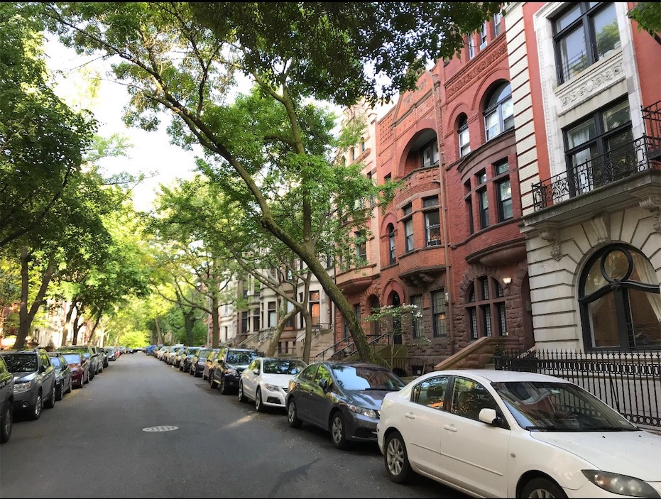 WE STAYED ON THIS NYC STREET FOR FREE AND YOU CAN TOO!