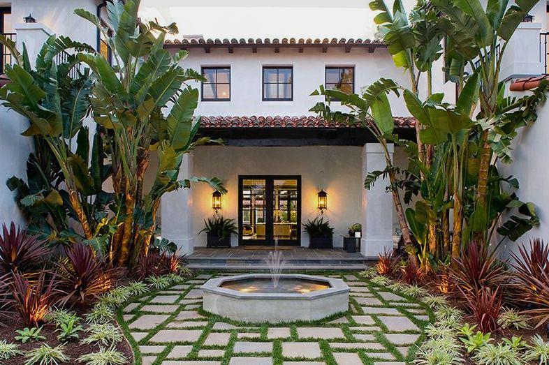 LA-spanish-Exterior-courtyard.jpg