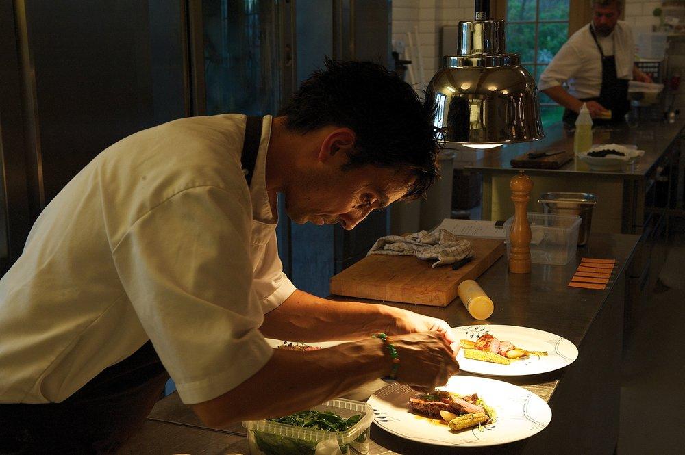 ærlig og rustik gastronomi på vejrø resort.jpg