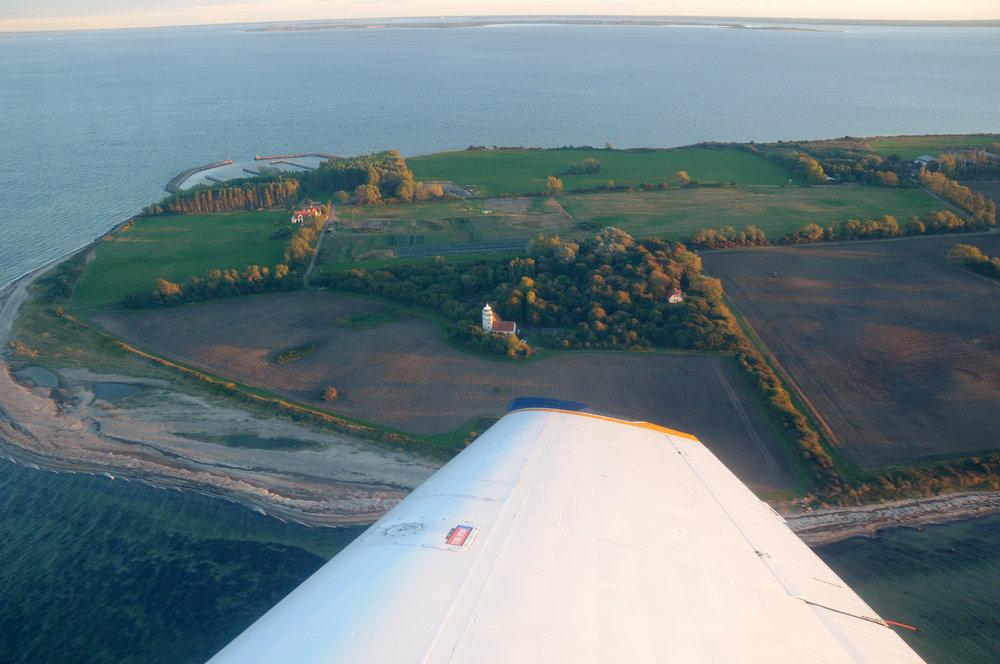 Vejrø resort set fra luften.jpg