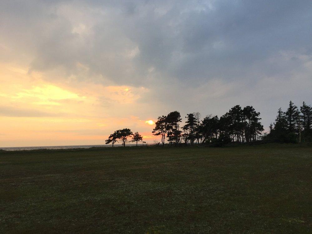 solnedgang på vejrø resort.jpg