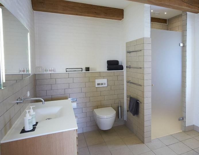 luksuriøst interiør på blæsenborg vejrø resort.jpg