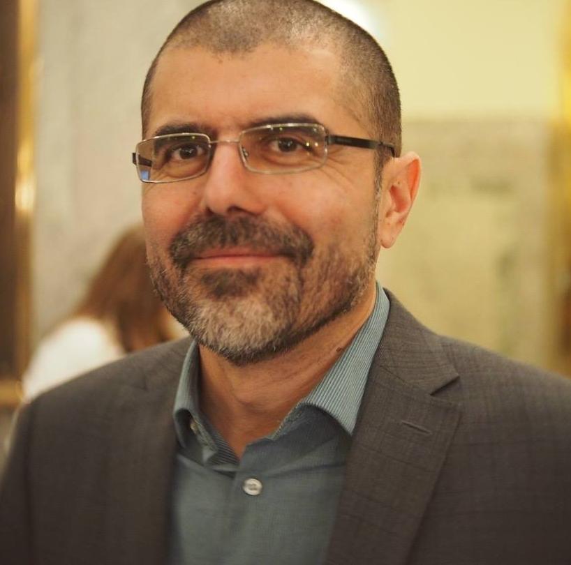 Ricado Acuña, Director