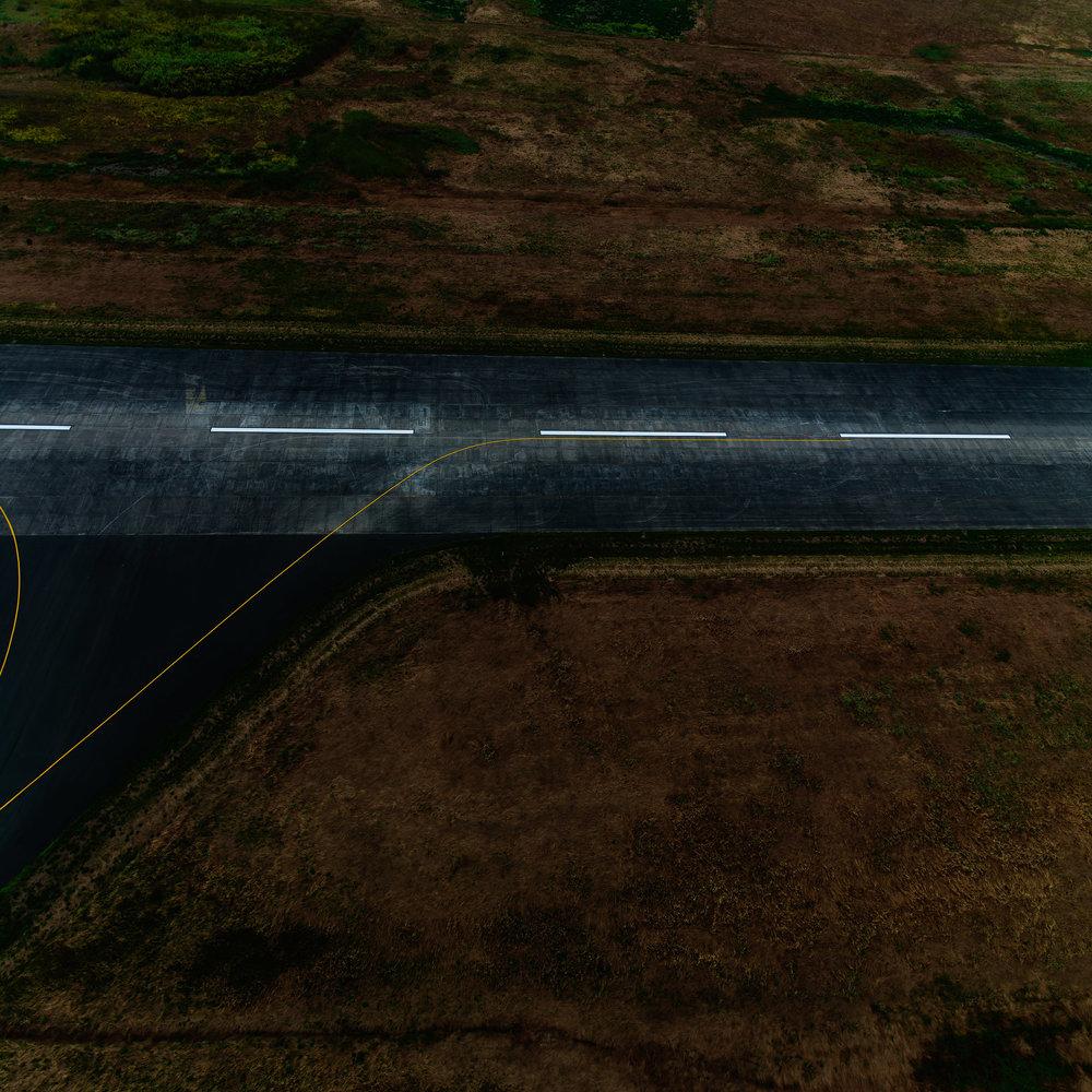 Runway_812