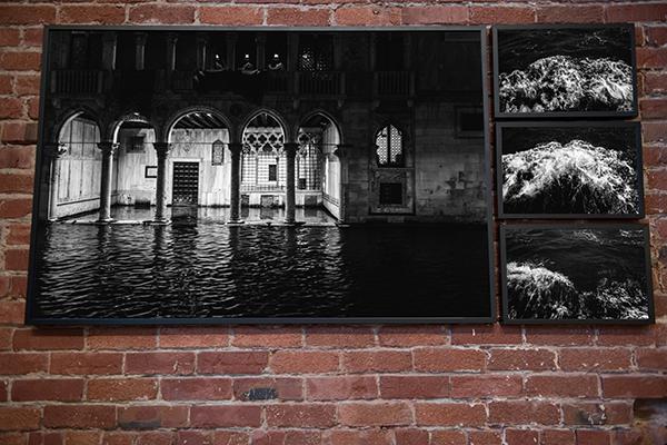 ChristopherStark_Venezia-installation.png