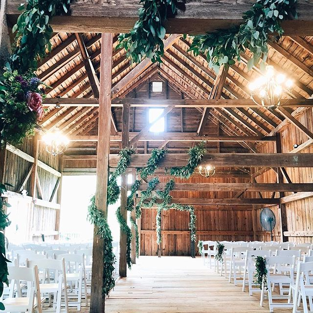 When the rain plan is your plan A! The Hay Barn makes a beautiful built-in rain plan for a ceremony, though this weekend's wedding managed to escape the rain and had a gorgeous set-up indoors anyways! 😍 . . . . #cunninghamfarmmaine #weddingday #weddinginspiration #weddingphoto #weddingplanning #weddingideas #weddinginspo #barnwedding #barnceremony #farmwedding #mainewedding #ceremonydecor #weddingceremony #ceremony #theknot #bride #marthastewartweddings #greenery #greenerywedding #ceremonyideas #tyingtheknot #ido #bestdayever #weddingbarn #venuesearch #venuehunting #venue #barn #options #love