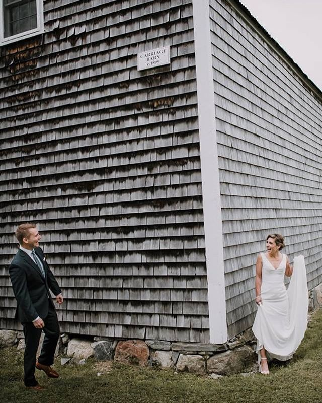 Still love the absolute cuteness in this first look photo captured by @haleyocallaghan on the Engst's wedding day! . . . . #cunninghamfarmmaine #mainewedding #barnwedding #barnweddingvenue #estatewedding #firstlook #firstlookwedding #barnvenue #barnlove #julywedding #purejoy #almostmarried #sneakpeek #farmwedding #countrywedding #newenglandwedding #visitfreeport #visitmaine #weddingday #marryyourbestfriend #bettertogether #weddinginspo #weddingphotography #thesimplethings #loves #brideandgroom #themainebride #maineisgorgeous #weddingbarn