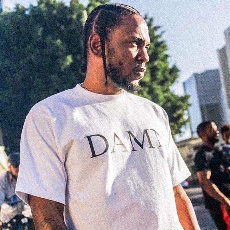 https://commons.wikimedia.org/wiki/File:Kendrick_Lamar_Damn.jpg