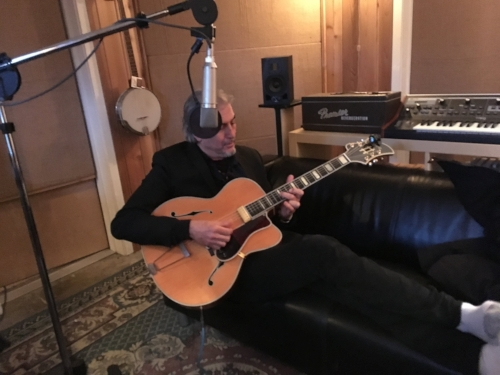 Howe Gelb came by and recorded some tunez in the Burrows submarine. Two fine piano songs on the Emerson and two guitar jamz.