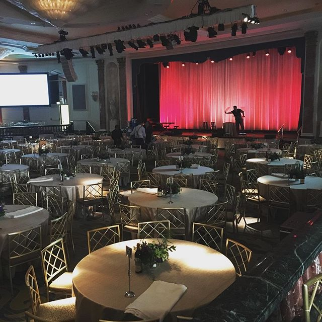The ballroom is coming together for tonight's dinner and awards #gala benefitting UCLA's Jonsson Cancer Center...Watch our insta stories to see how the night unfolds! #eventlife #event #music #arianagrande