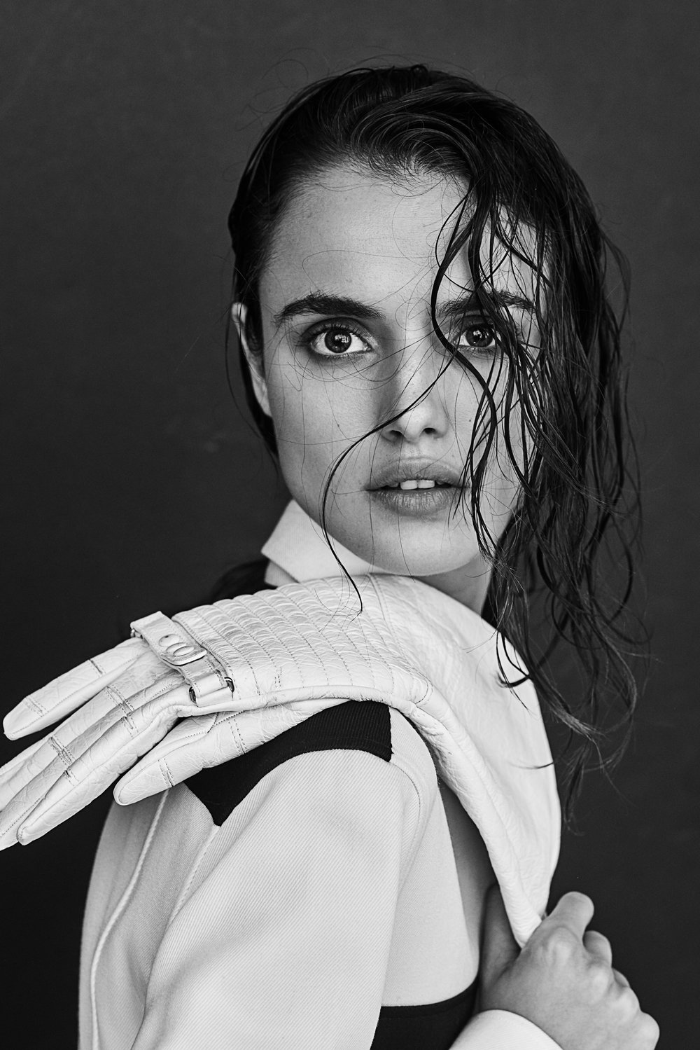 ISSUE cover Blanca Padilla7746v2.jpg