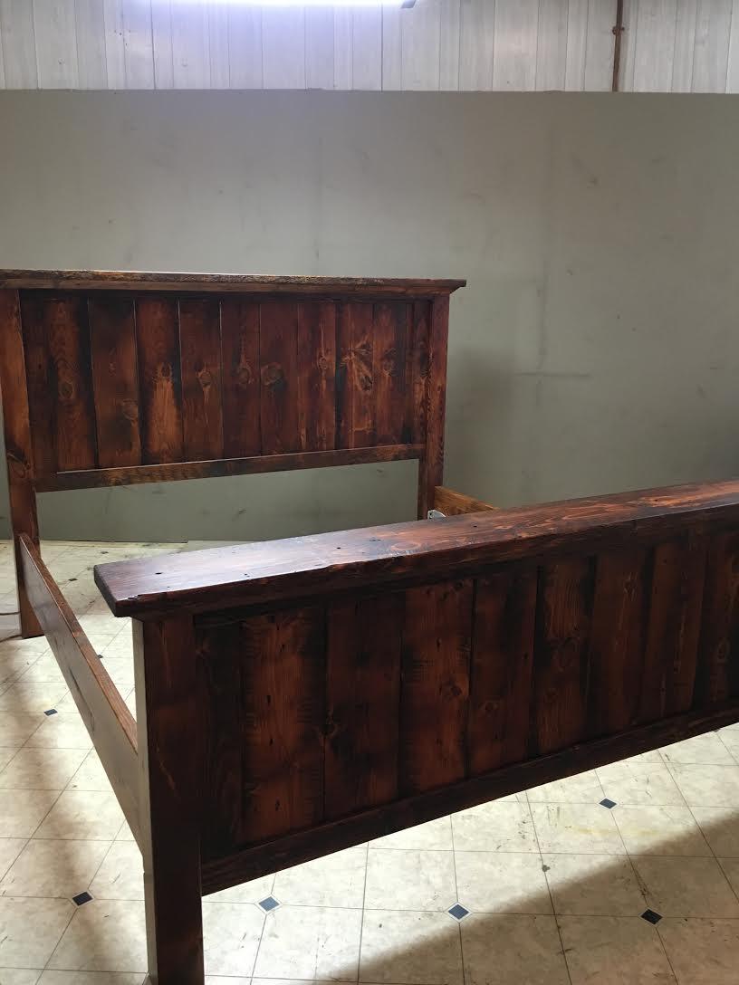 BR33 - Shelf Bed