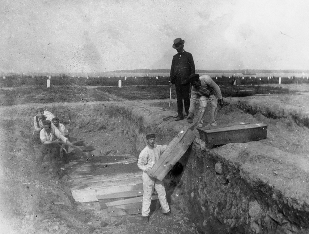 Hart Island burial, 1890.