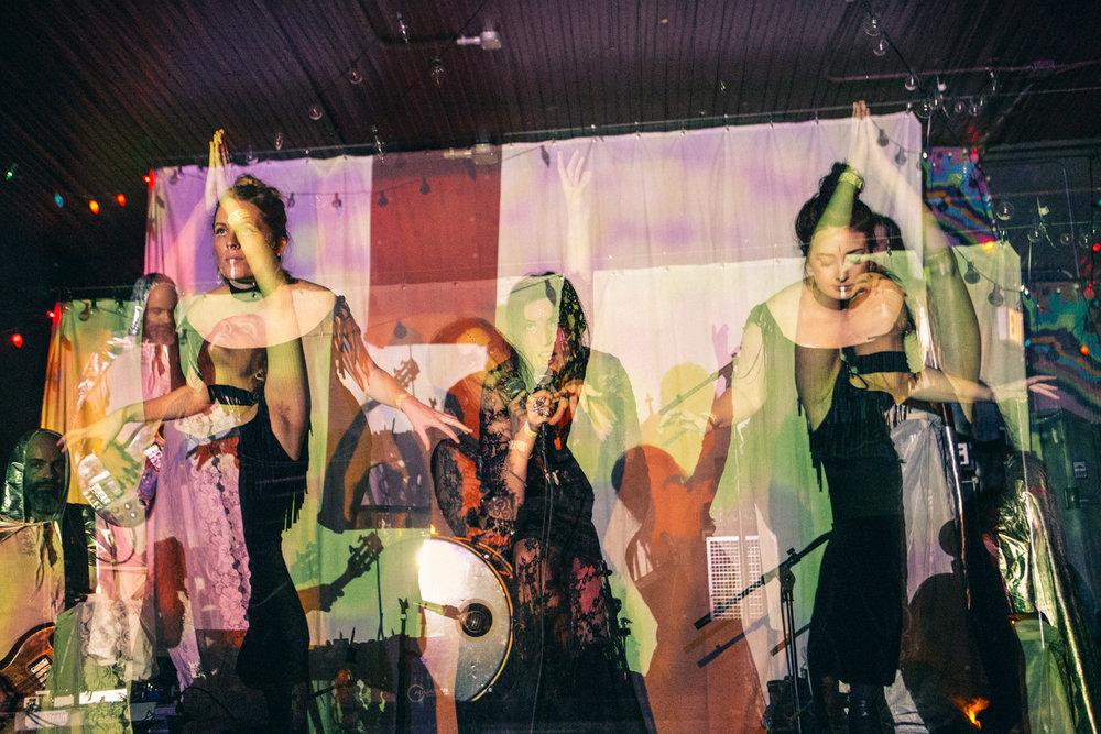HR_LEXY - FAR OUT FEST 2017 - PHOTO BY AMBER DAVIS