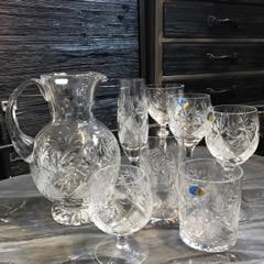 Kristallilasit ja -karahvi